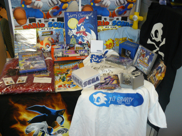 Sonic 18th b-day winnable swag!