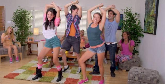 Just Dance 4 dancing