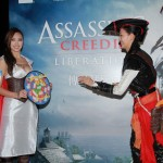 Assassin's Creed female Assassin cosplayer costumes